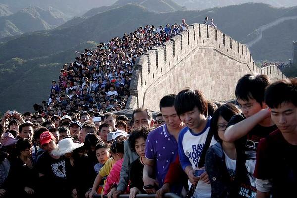 touristcrowding